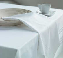 Spun Poly Table Linen